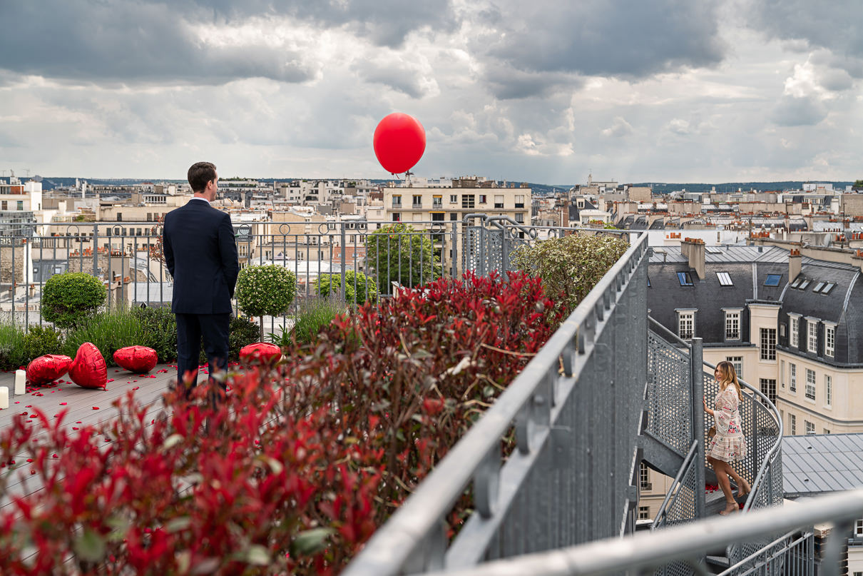 Eiffel Tower Rooftop Proposal in Paris how to propose to a girl like a rockstar