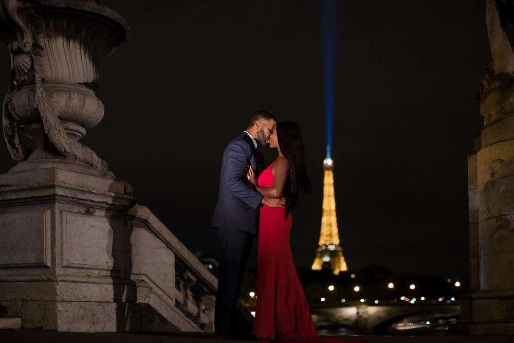 Paris engagement session at the Alexander III Bridge at night-2