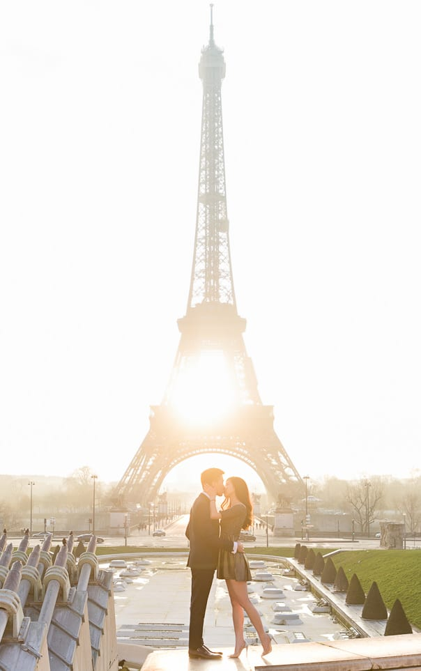 Paris photographer Eiffel Tower Engagement Photos