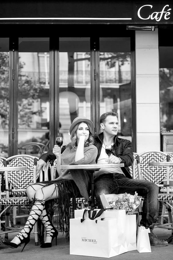 Paris photographer amazing Paris engagement photos at a cafe