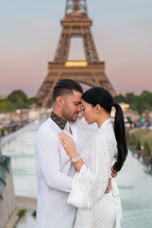 Paris photoshoot at the Eiffel Tower Trocadero