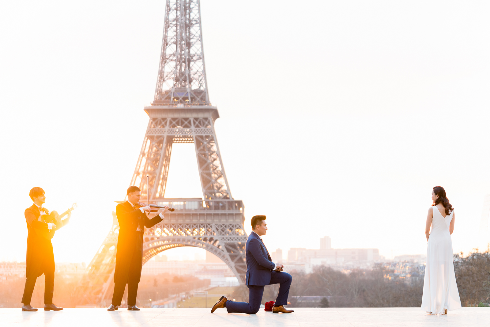 Paris proposal Photographer award-winning surprise marriage proposals